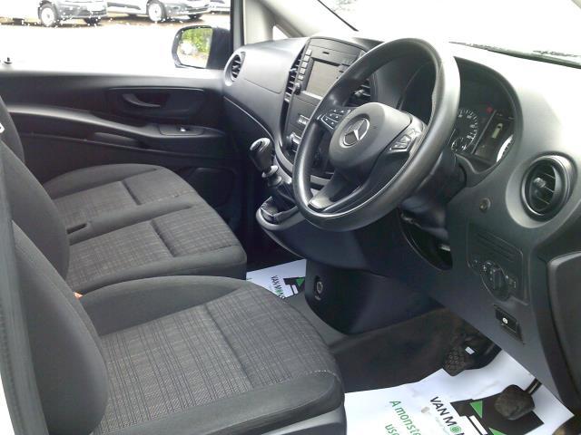 2017 Mercedes-Benz Vito 111Cdi Van (KN67UUH) Image 2