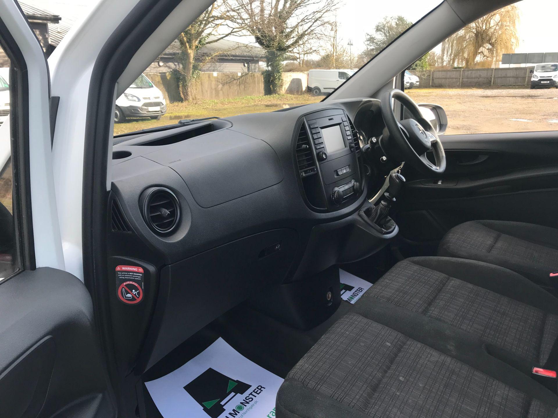 2017 Mercedes-Benz Vito LONG 111CDI VAN EURO 6  (KN67UUV) Image 20
