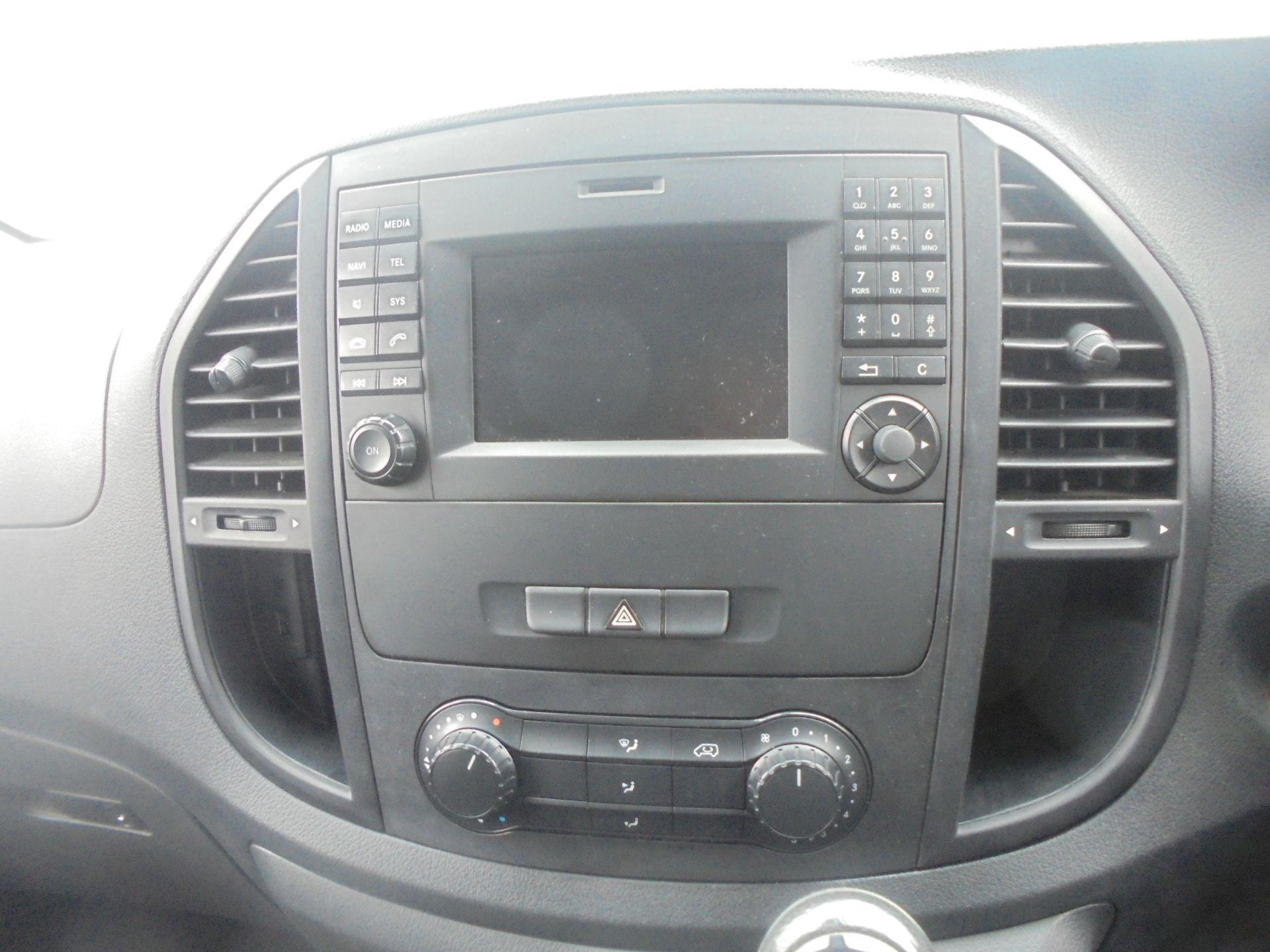 2017 Mercedes-Benz Vito 111Cdi Van (KN67UVM) Image 16
