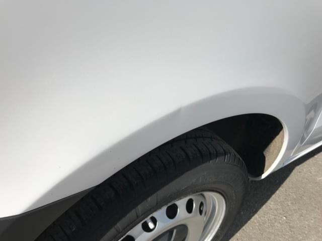 2017 Mercedes-Benz Vito 111Cdi Van LWB Euro 6 (KN67UVP) Image 44