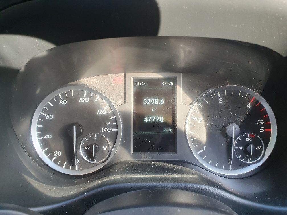 2017 Mercedes-Benz Vito 111Cdi Van (KN67UVS) Image 8