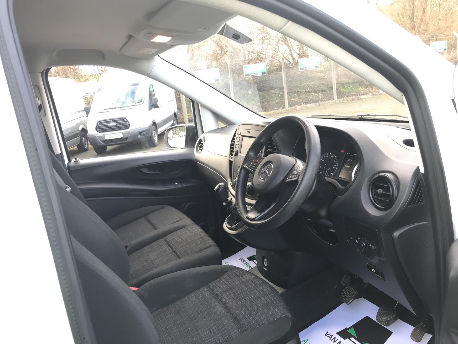 2017 Mercedes-Benz Vito LONG 111CDI VAN EURO 6  (KN67UWH) Image 9