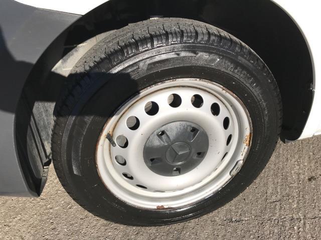 2017 Mercedes-Benz Vito 111CDI LWB 110PS EURO 6 (KN67UWP) Image 15