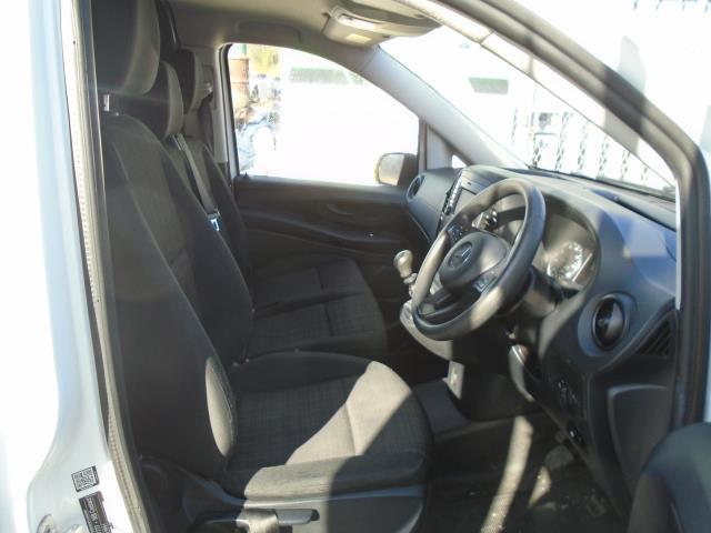 2017 Mercedes-Benz Vito 111Cdi Van (KN67UWW) Image 17