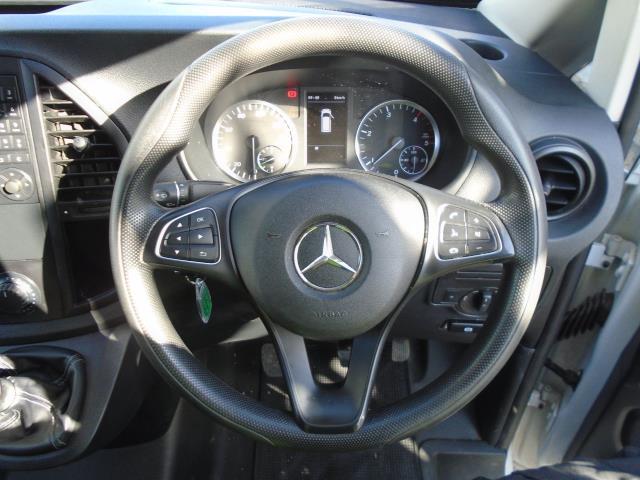 2017 Mercedes-Benz Vito 111Cdi Van (KN67UWW) Image 19