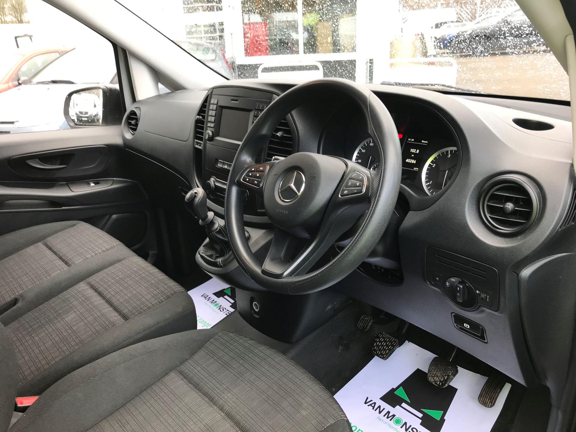 2017 Mercedes-Benz Vito LONG 111CDI VAN EURO 6  (KN67UWY) Image 16