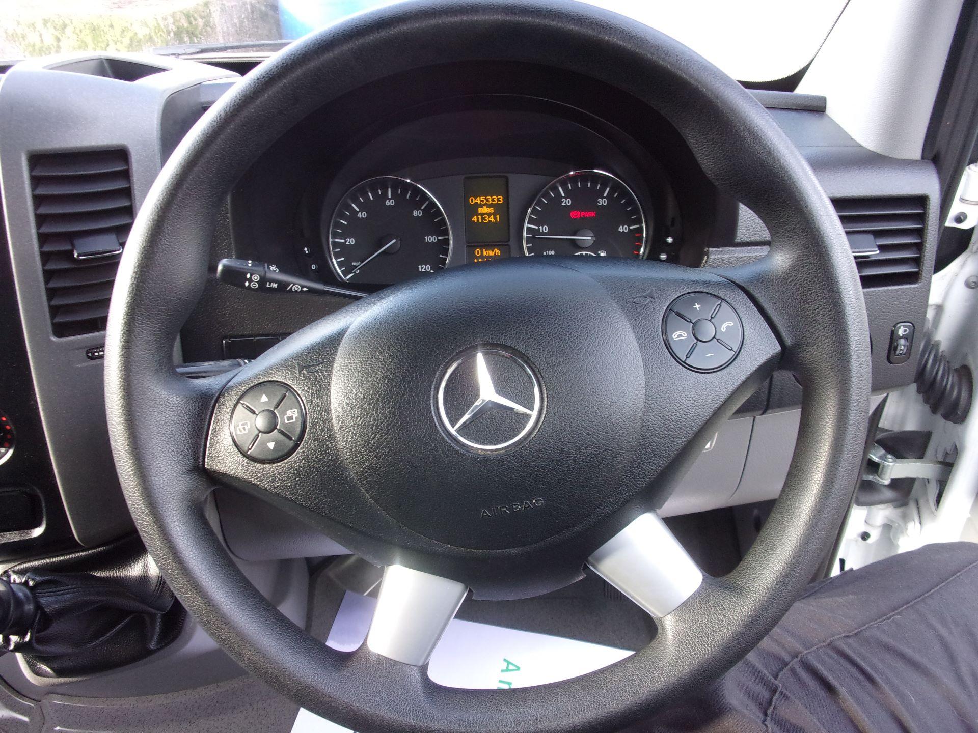 2017 Mercedes-Benz Sprinter 314 CDI MWB HIGH ROOF EURO 6 (KN67UXA) Image 7