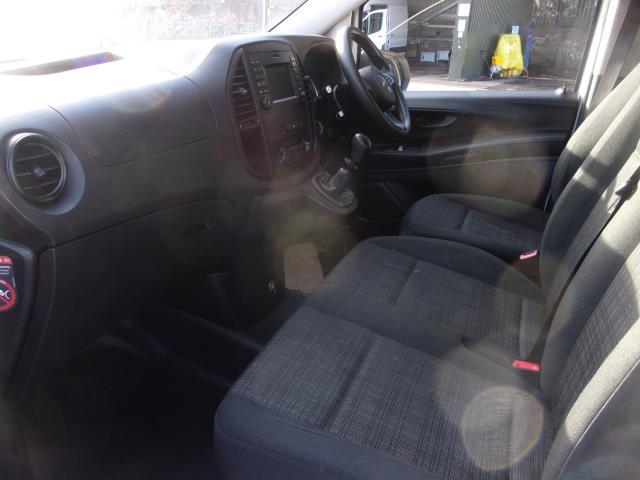 2017 Mercedes-Benz Vito 111Cdi Long Van (KN67UXT) Image 14