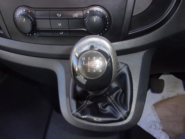 2017 Mercedes-Benz Vito 111Cdi Long Van (KN67UXT) Image 4