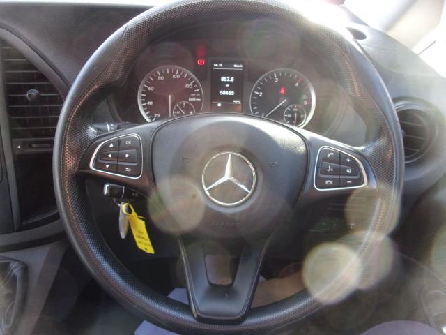 2017 Mercedes-Benz Vito 111Cdi Long Van (KN67UXT) Image 5