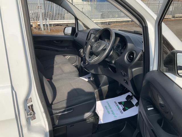 2017 Mercedes-Benz Vito 111Cdi Van (KN67UXY) Image 13