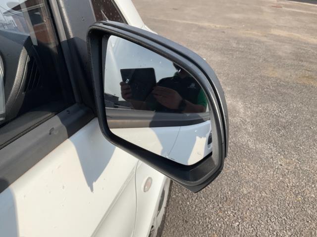 2017 Mercedes-Benz Vito 111Cdi Van (KN67UXY) Image 10