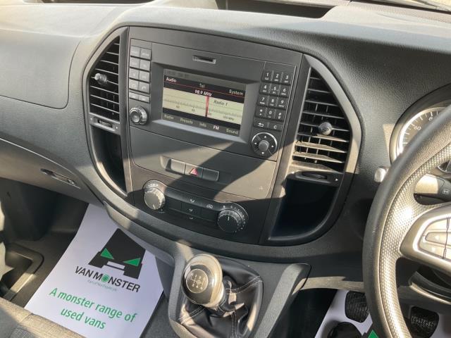 2017 Mercedes-Benz Vito 111Cdi Van (KN67UXY) Image 16