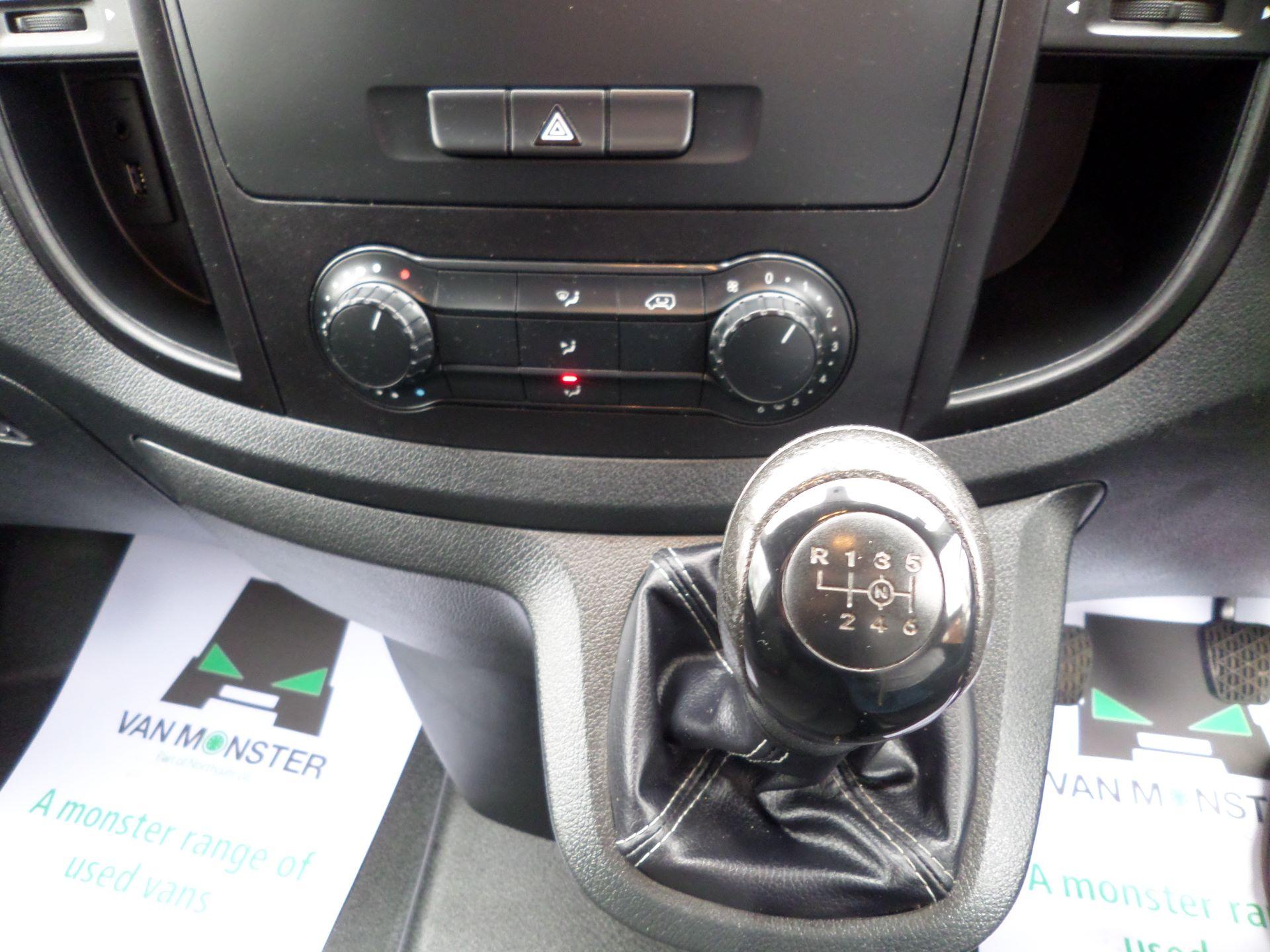 2017 Mercedes-Benz Vito 111Cdi LWB Van Euro 6 (KN67UYU) Image 15