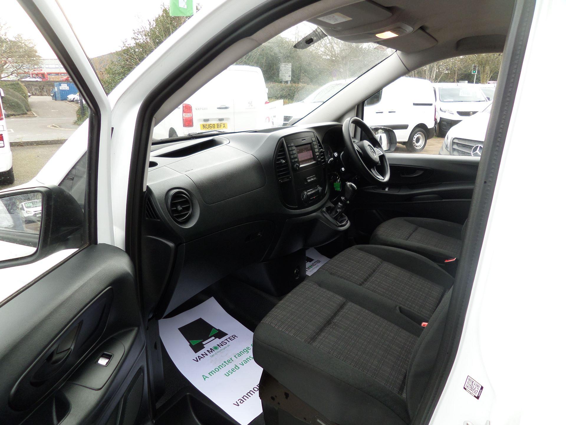 2017 Mercedes-Benz Vito 111Cdi LWB Van Euro 6 (KN67UYU) Image 9