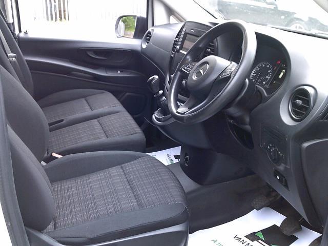 2017 Mercedes-Benz Vito 111Cdi Long Van (KN67UYY) Image 2