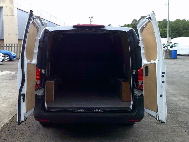 2017 Mercedes-Benz Vito 111Cdi Long Van (KN67UYY) Image 18