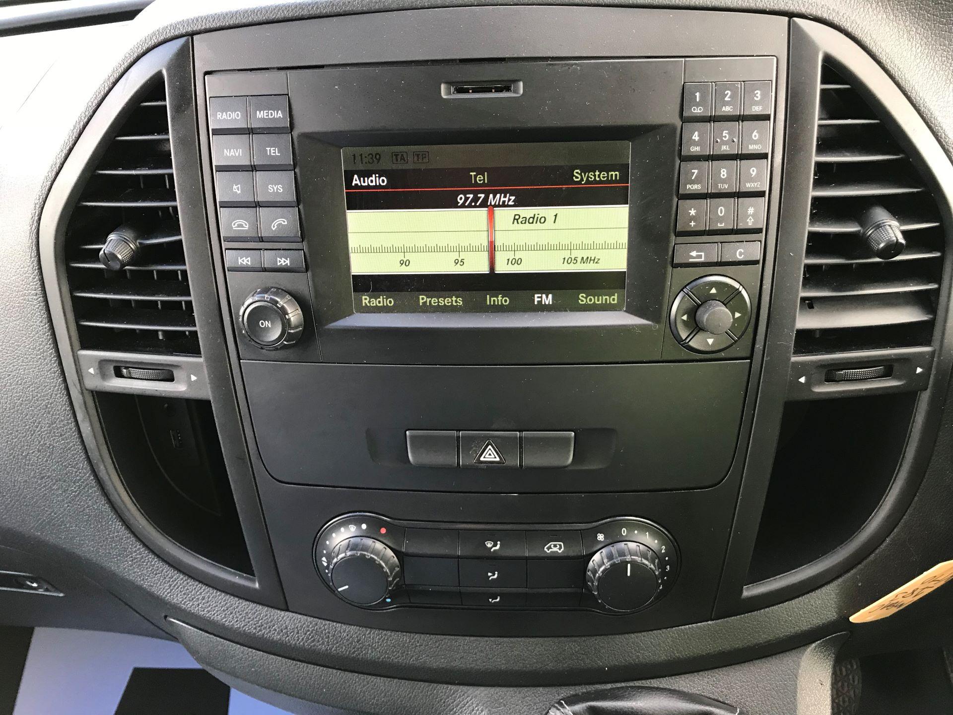 2017 Mercedes-Benz Vito LONG 111CDI VAN EURO 6  (KN67UZL) Image 24