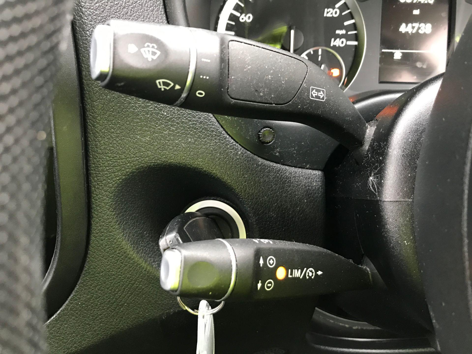 2017 Mercedes-Benz Vito 111CDI LWB 110PS EURO 5 (KN67VBO) Image 25
