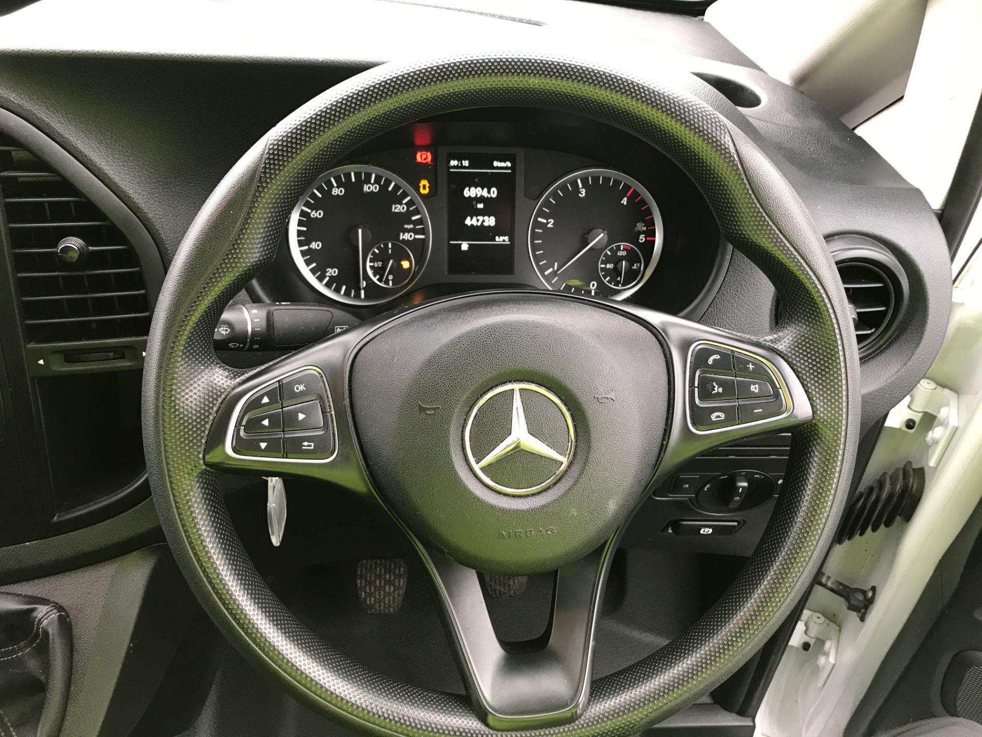 2017 Mercedes-Benz Vito 111CDI LWB 110PS EURO 5 (KN67VBO) Image 5