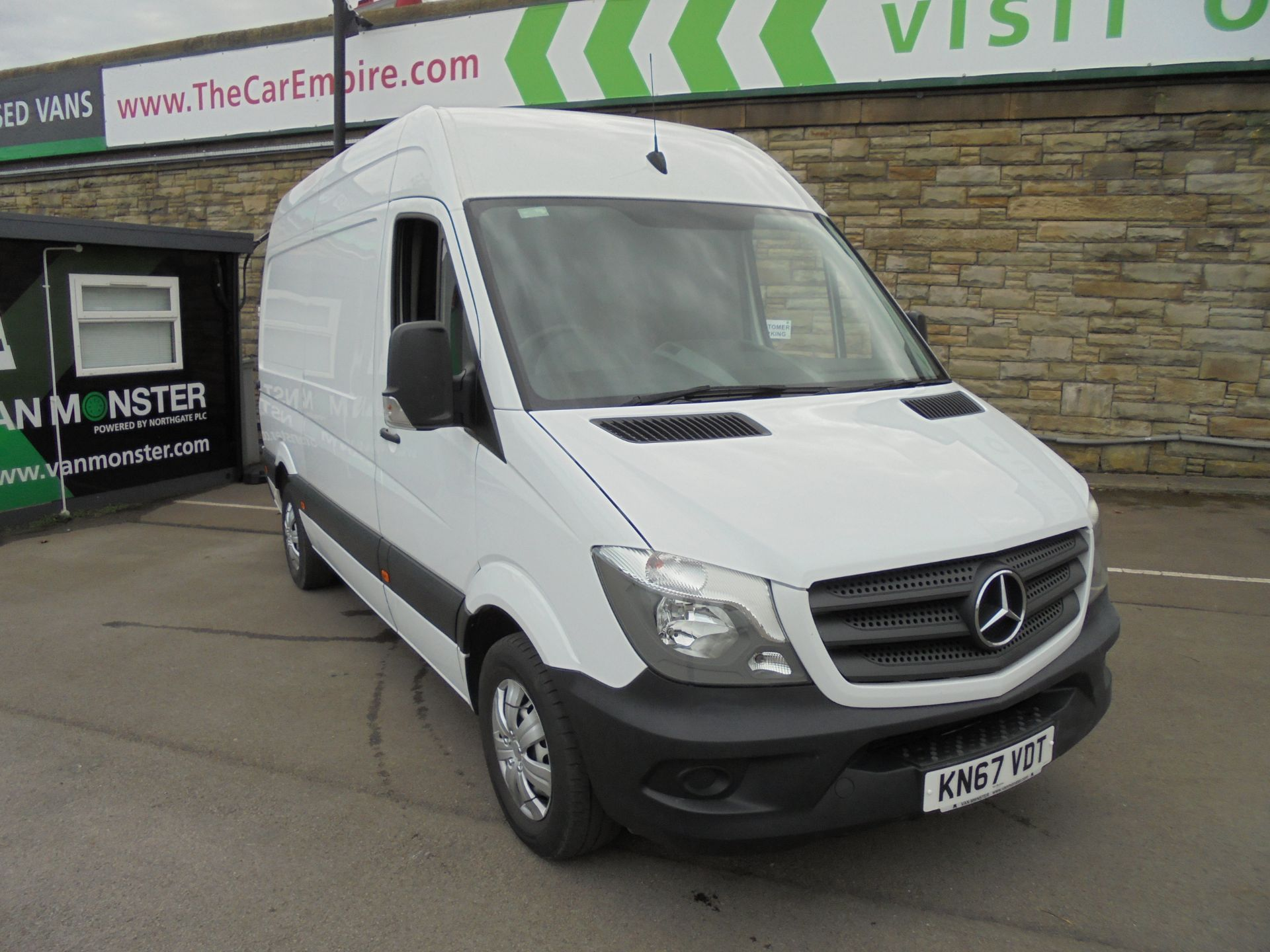 2017 Mercedes-Benz Sprinter 3.5T High Roof Van MWB (KN67VDT)