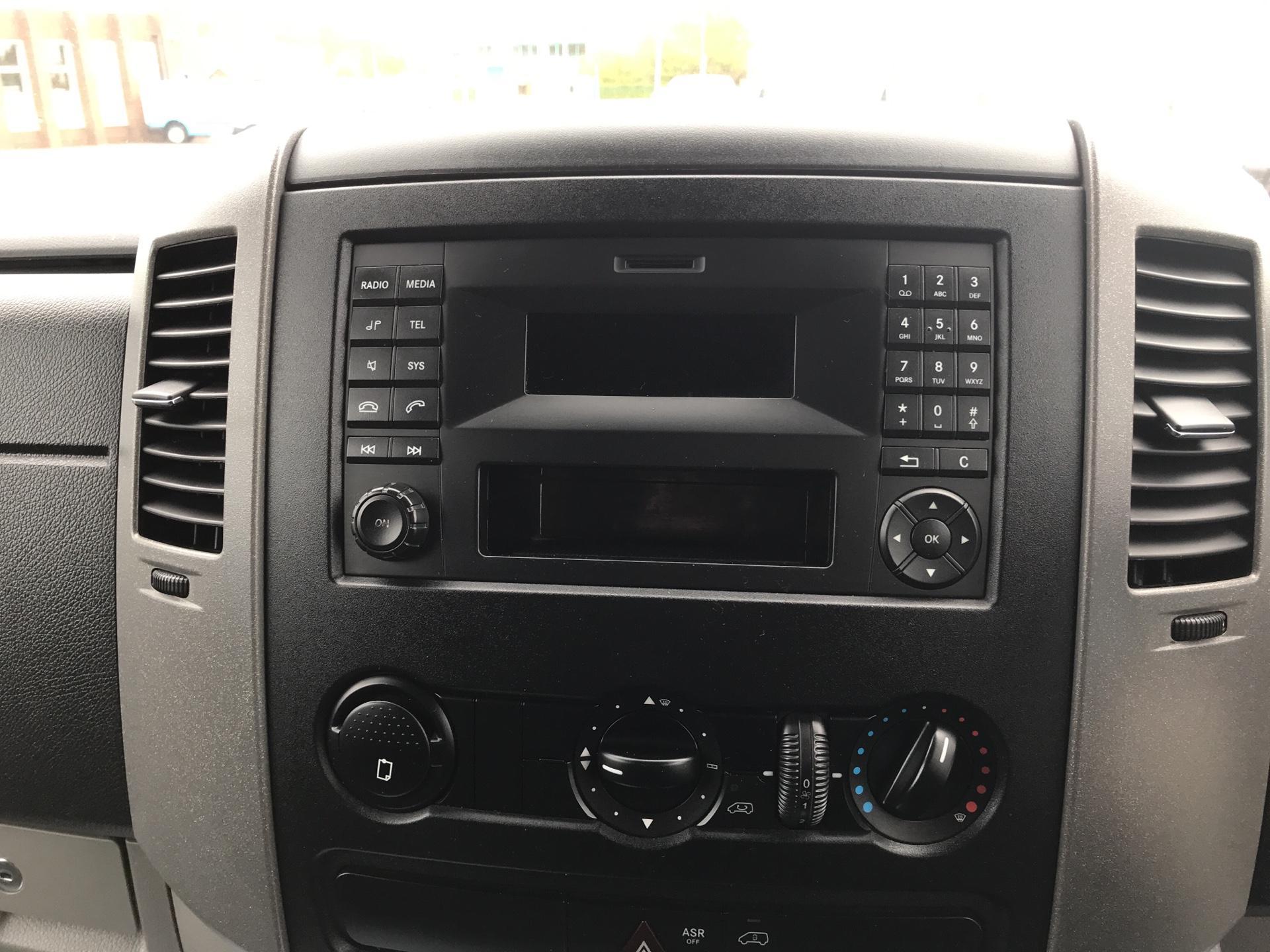 2014 Mercedes-Benz Sprinter 313 CDI MWB 3.5T HIGH ROOF VAN  (KO14LLR) Image 10