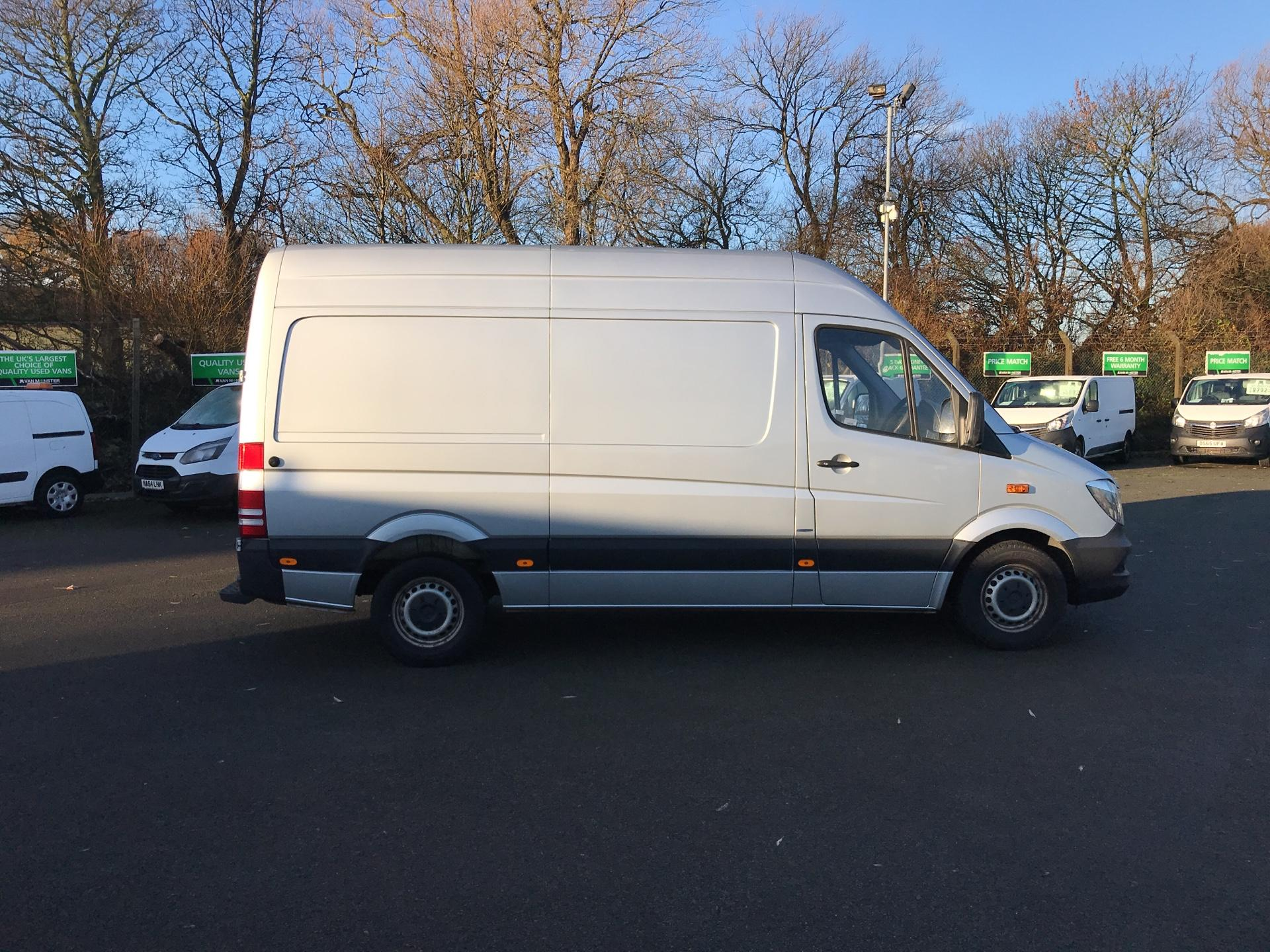2015 Mercedes-Benz Sprinter  313 MWB H/R BLUE EFFICIENCY EURO 5 *VALUE RANGE VEHICLE - CONDITION REFLECTED IN PRICE* (KO15ZGP) Image 2