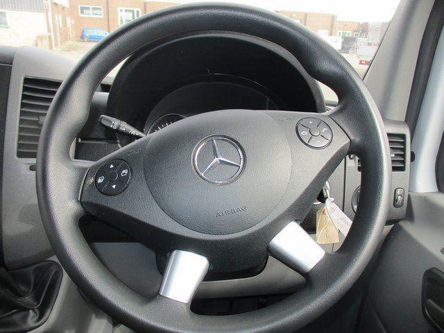 2016 Mercedes-Benz Sprinter 313 CDI MWB 3.5T HIGH ROOF VAN  (KO16OKW) Image 19