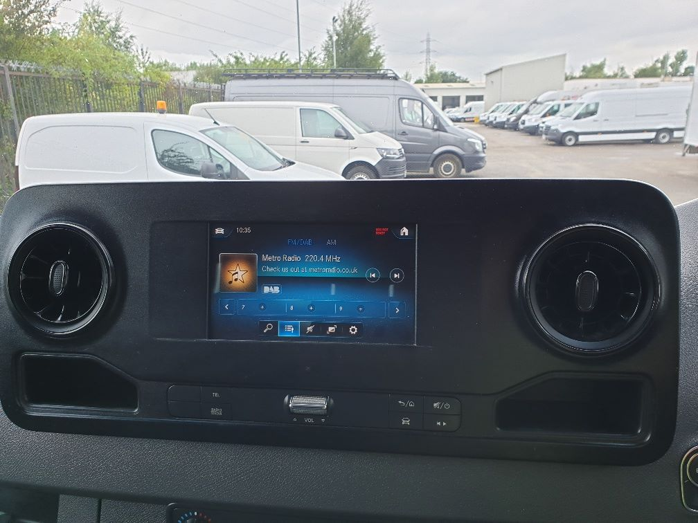 2018 Mercedes-Benz Sprinter 3.5T H2 Van EURO 6 (KO18HMV) Image 23
