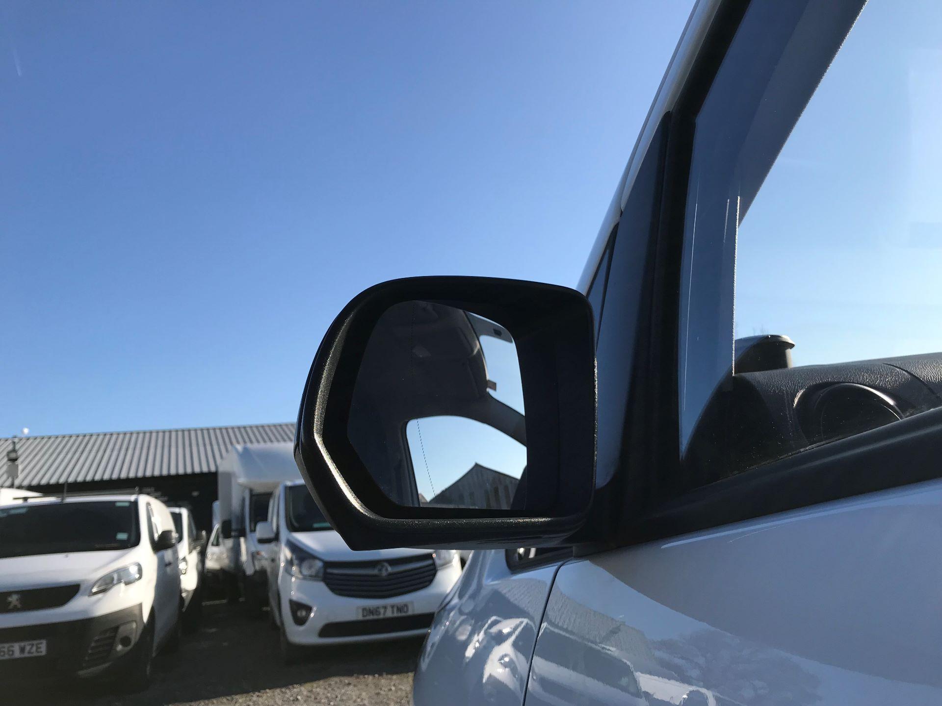2019 Mercedes-Benz Vito 111Cdi Van (KO19ATU) Image 13