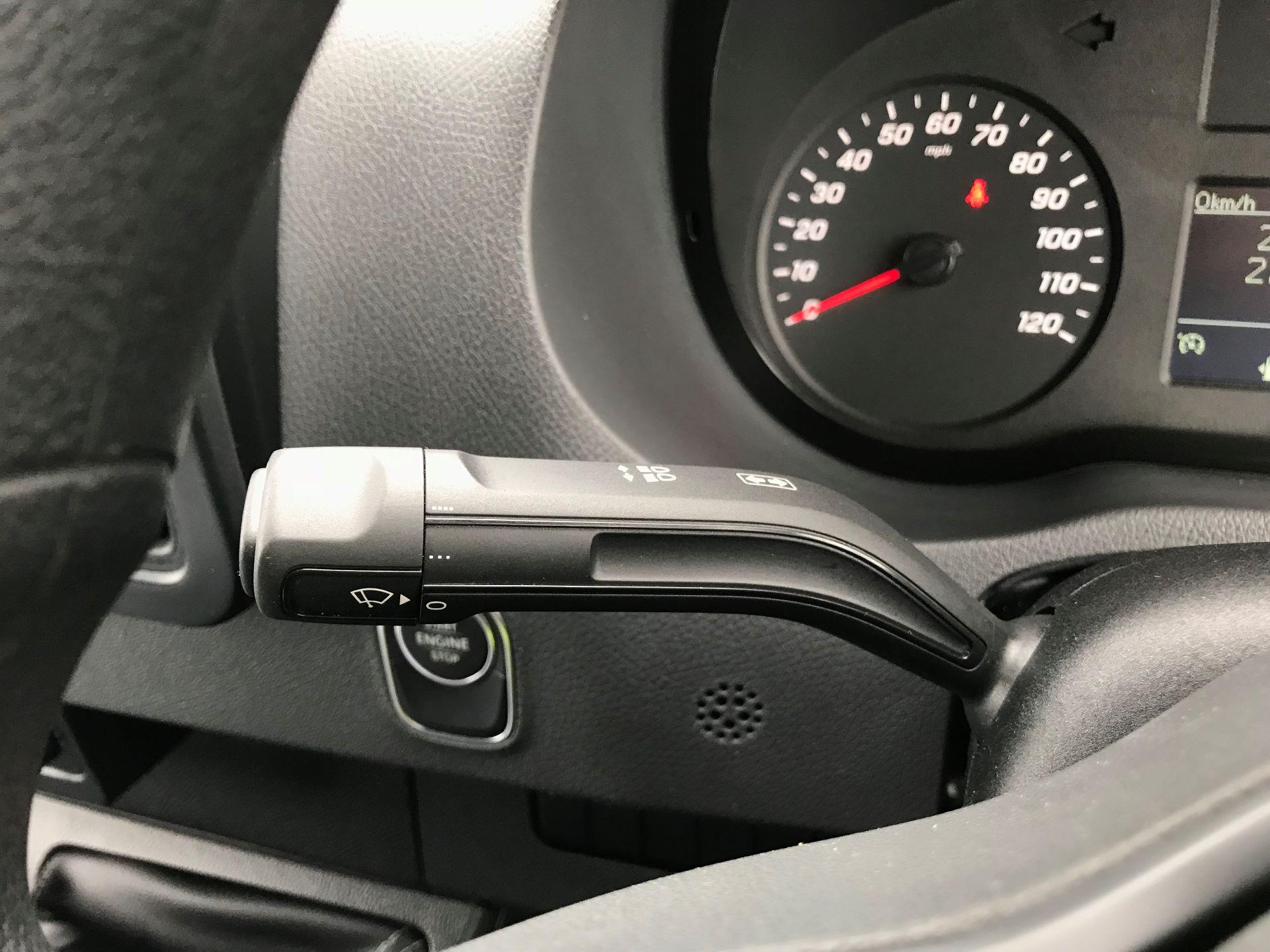 2019 Mercedes-Benz Sprinter 3.5T L2 H2 FWD Van (KO19ATV) Image 27