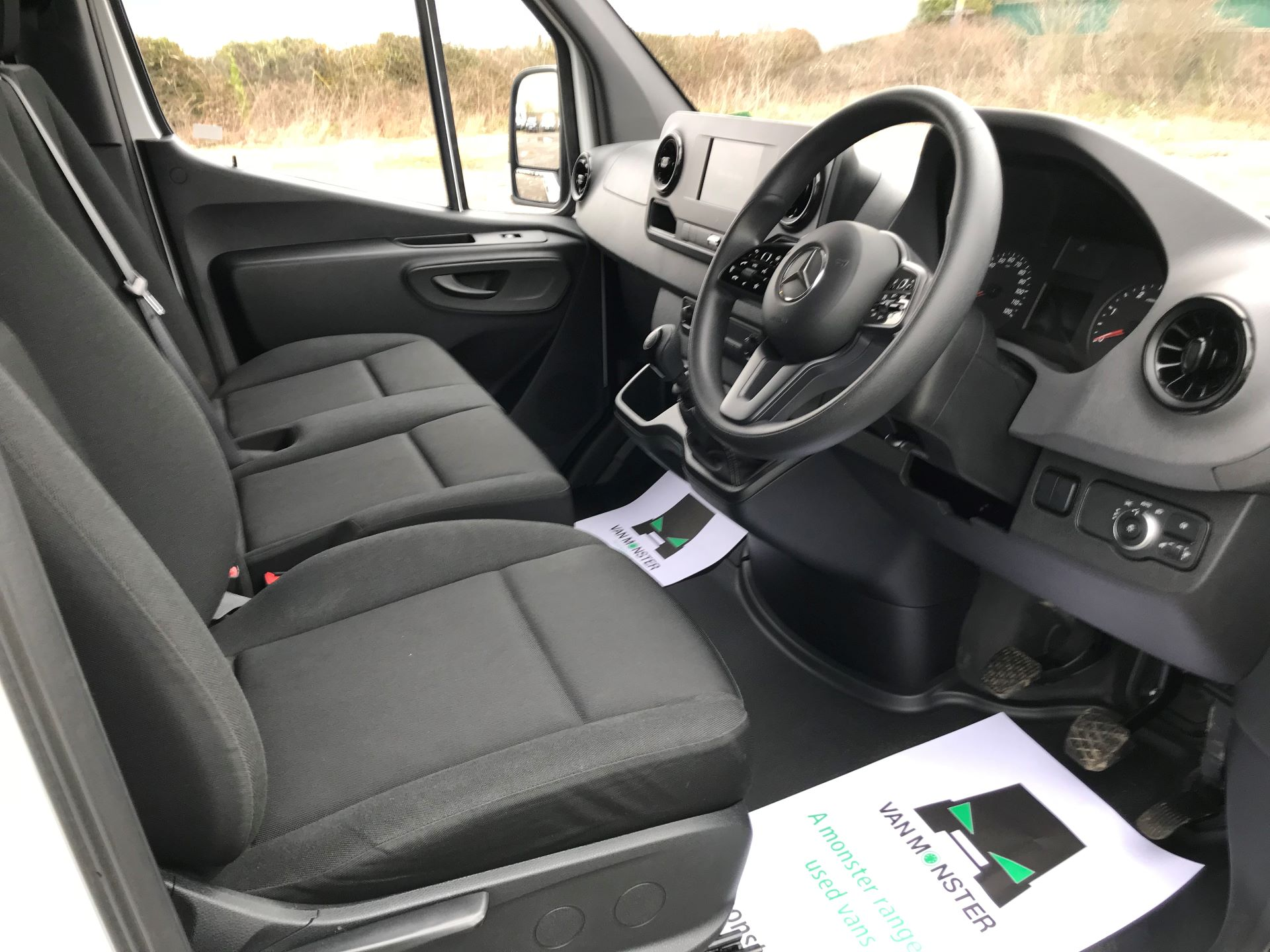 2019 Mercedes-Benz Sprinter 3.5T L2 H2 FWD Van (KO19ATV) Image 22
