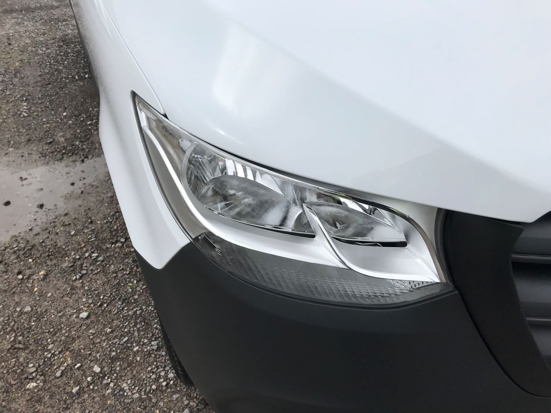 2019 Mercedes-Benz Sprinter 3.5T L2 H2 FWD Van (KO19ATV) Image 17