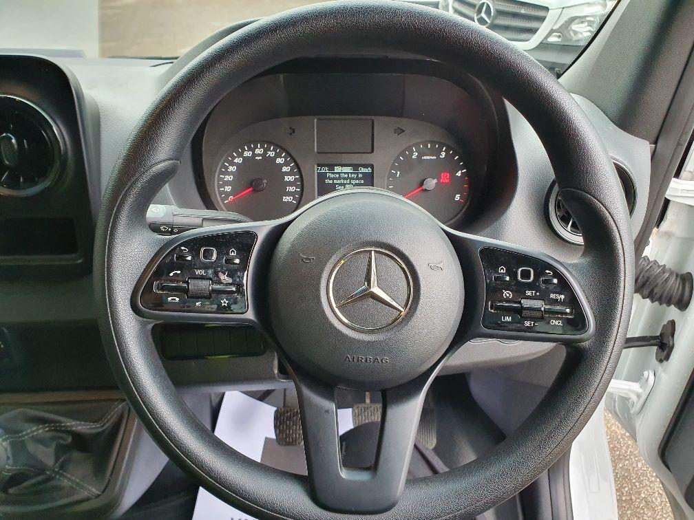 2019 Mercedes-Benz Sprinter 314 MWB 2.2 143BHP EURO 6 (KO19ATX) Image 24