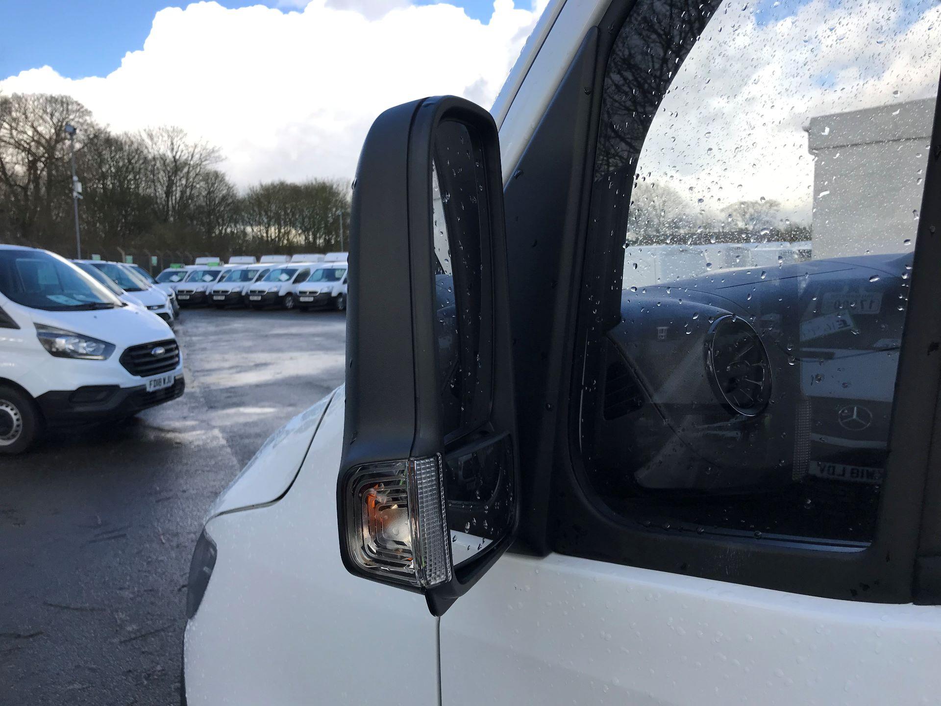 2019 Mercedes-Benz Sprinter 314 CDI MWB 3.5t 143PS EURO 6 (KO19AUU) Image 12