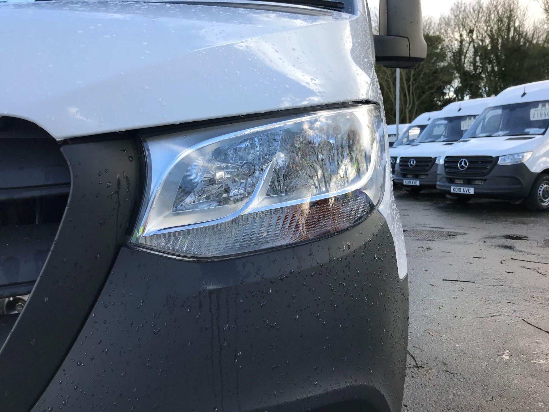 2019 Mercedes-Benz Sprinter 314 CDI MWB 3.5t 143PS EURO 6 (KO19AUU) Image 11