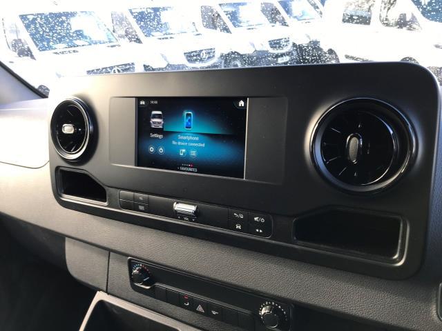2019 Mercedes-Benz Sprinter 314 CDI MWB 3.5t 143PS EURO 6 (KO19AVE) Image 21