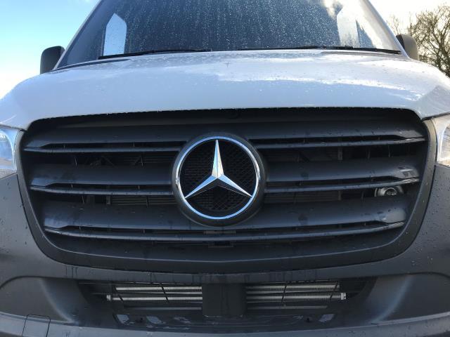 2019 Mercedes-Benz Sprinter 314 CDI MWB 3.5t 143PS EURO 6 (KO19AVE) Image 11
