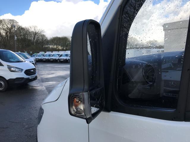 2019 Mercedes-Benz Sprinter 314 CDI MWB 3.5t 143PS EURO 6 (KO19AVE) Image 13
