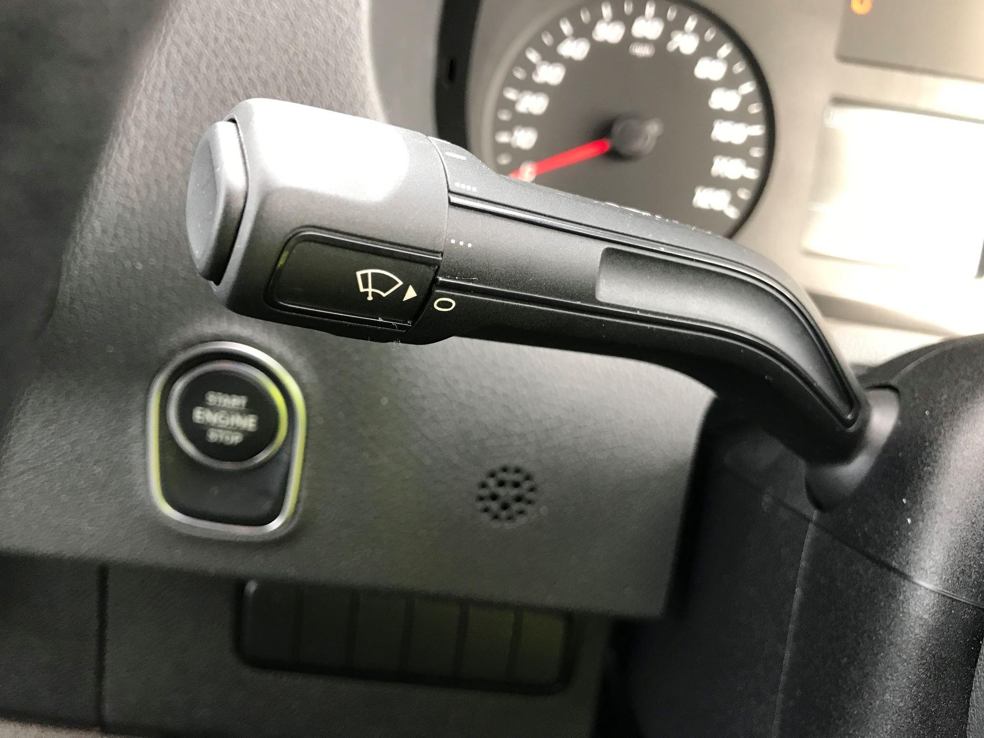 2019 Mercedes-Benz Sprinter 3.5T L2 H2 FWD Van (KO19AVV) Image 23
