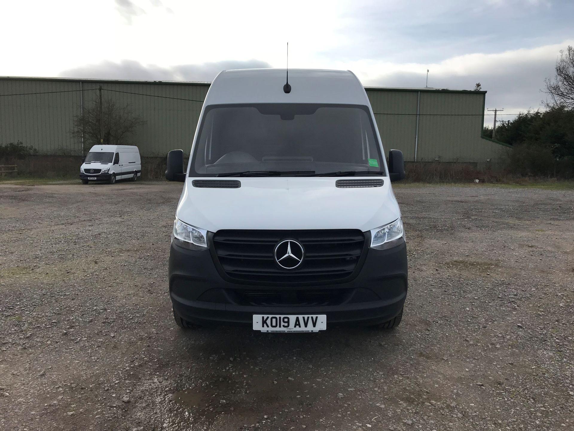 2019 Mercedes-Benz Sprinter 3.5T L2 H2 FWD Van (KO19AVV) Image 2