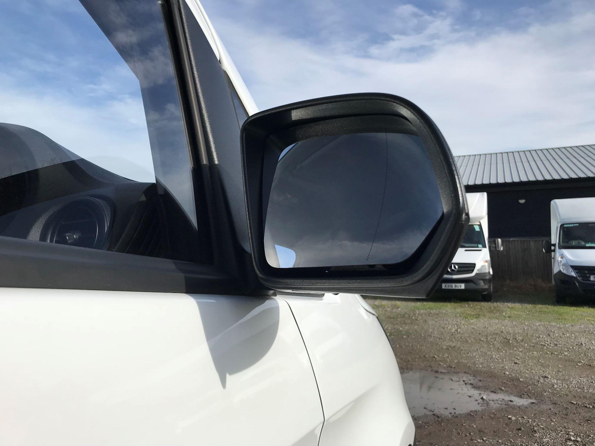 2019 Mercedes-Benz Vito 111Cdi Van (KO19AVW) Image 14