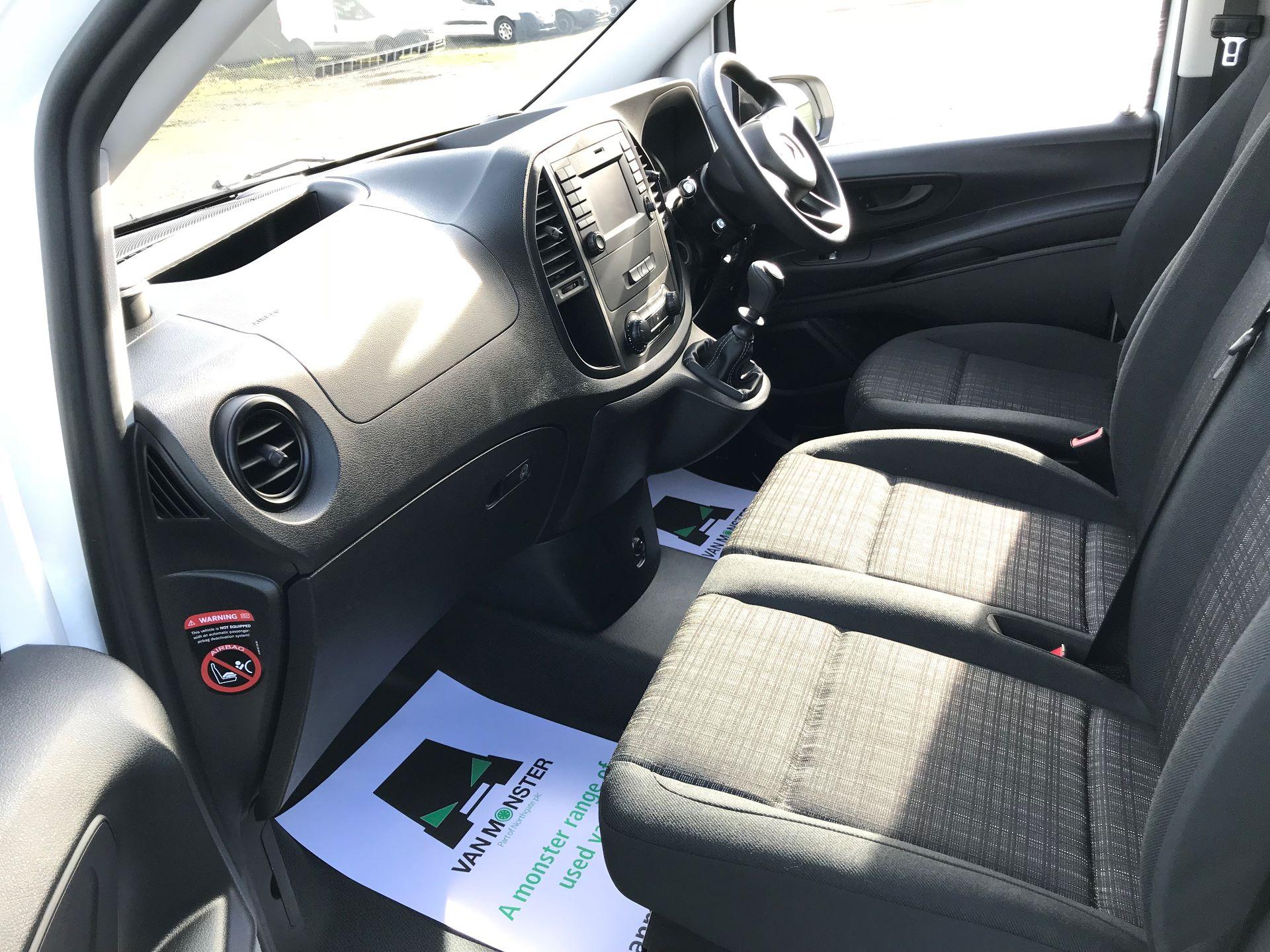 2019 Mercedes-Benz Vito 111Cdi Van (KO19AVW) Image 22