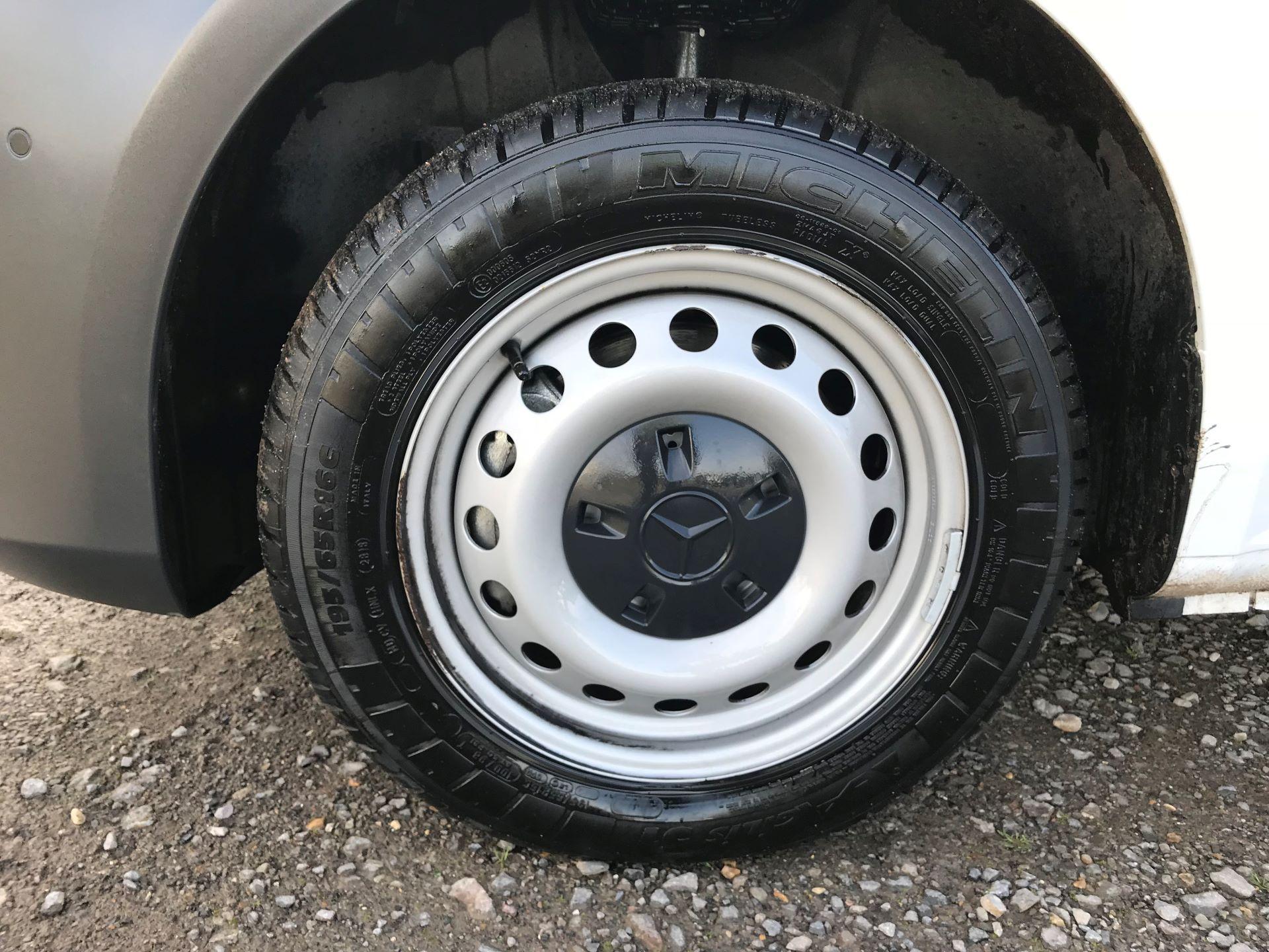 2019 Mercedes-Benz Vito 111Cdi Van (KO19AVW) Image 21