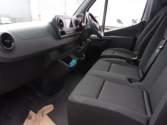 2019 Mercedes-Benz Sprinter 314CDI L2 DIESEL FWD L2 H2 VAN EURO 6 (KO19AXD) Image 14
