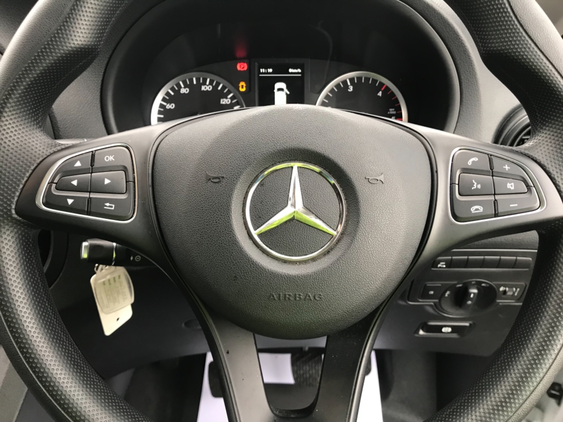 2019 Mercedes-Benz Vito LONG 111CDI VAN EURO 6  (KO19AXY) Image 10