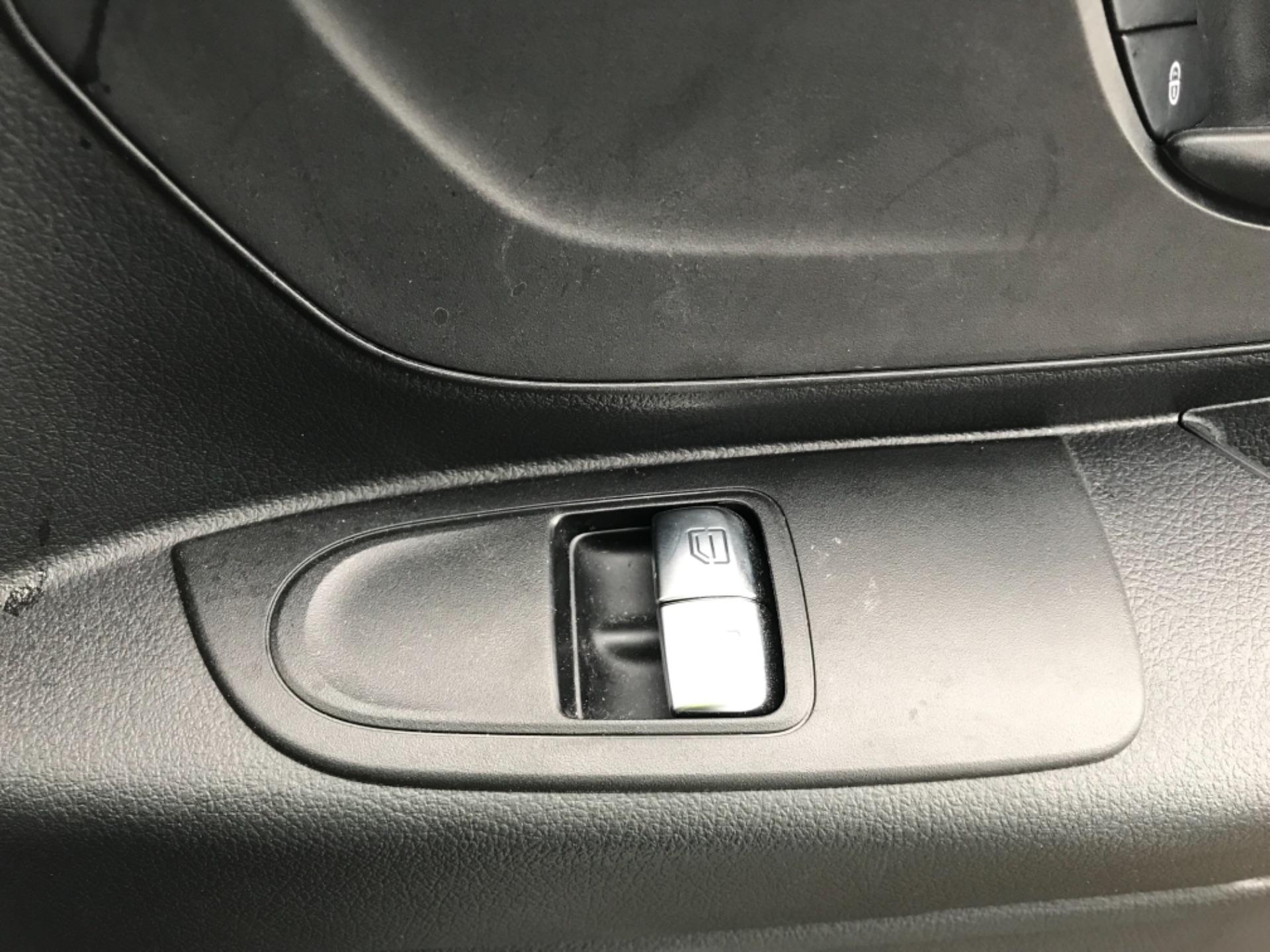 2019 Mercedes-Benz Vito LONG 111CDI VAN EURO 6  (KO19AXY) Image 21