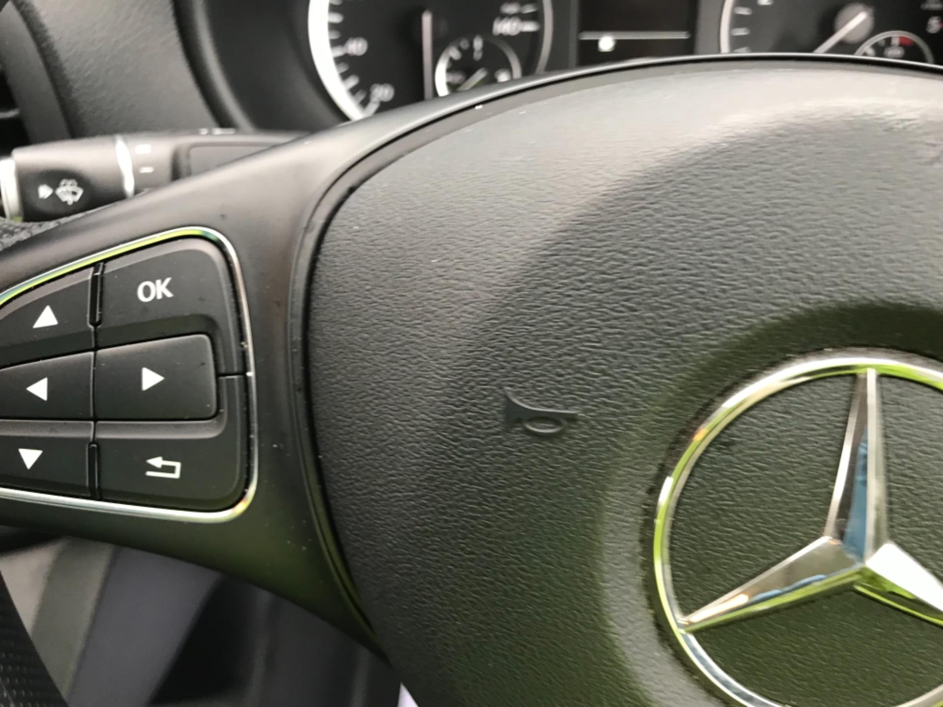 2019 Mercedes-Benz Vito LONG 111CDI VAN EURO 6  (KO19AXY) Image 16