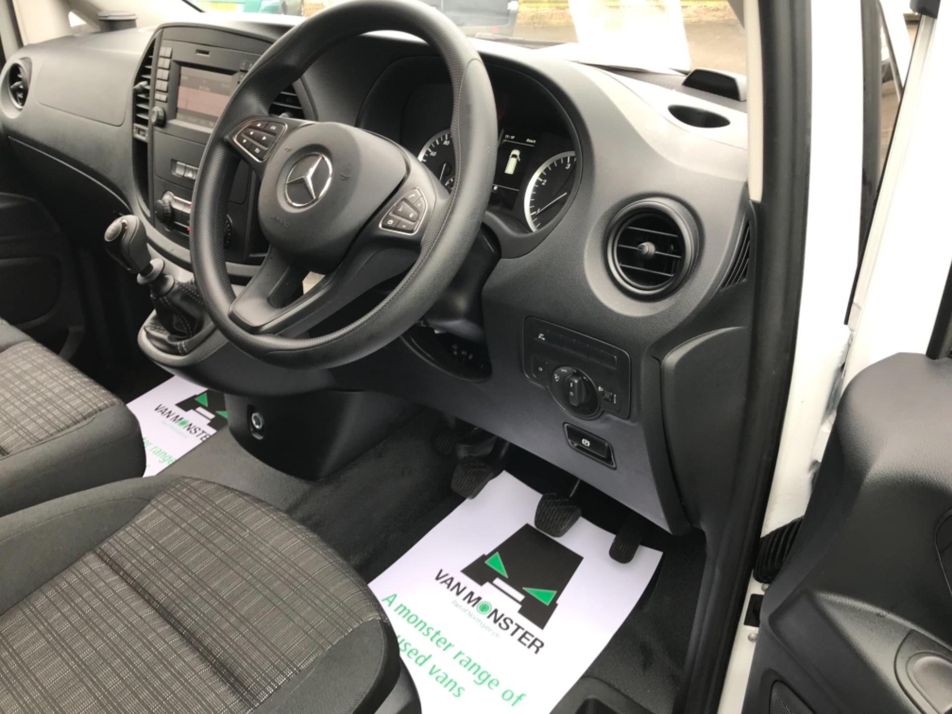 2019 Mercedes-Benz Vito LONG 111CDI VAN EURO 6  (KO19AXY) Image 12