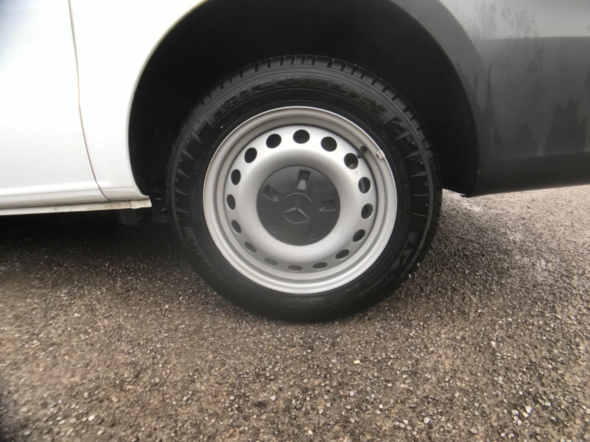 2019 Mercedes-Benz Vito LONG 111CDI VAN EURO 6  (KO19AXY) Image 28